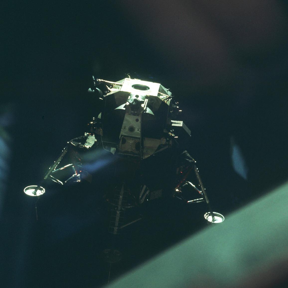lunar module in space - photo #40